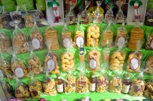 biscotti in vetrina